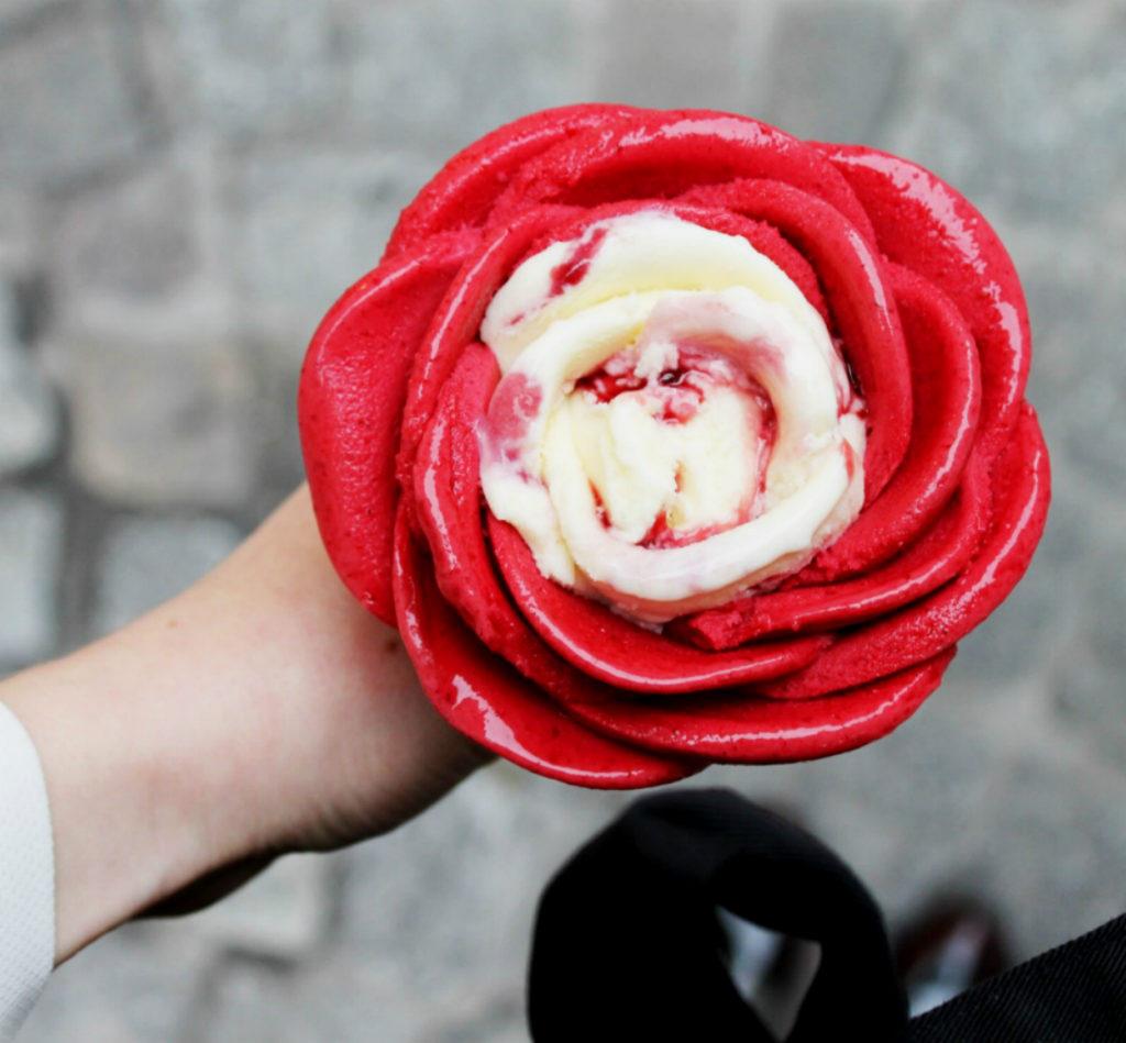 8_zmrzlinová růže ze zmrzlinářství Amorino_foto Amorino repro zdarma