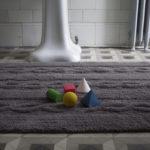 7_koberec-s-copankovym-vzorem-pripomina-svetr_foto-viabel-repro-zdarma