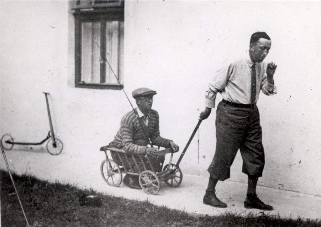 1_Josef a Karel Čapek na prázdninách v roce 1930_foto Památník Karla Čapka_repro zdarma