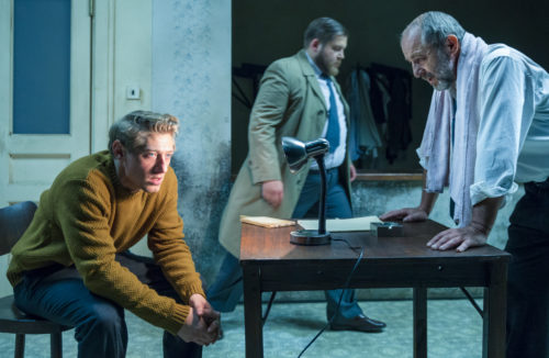 Švandovo divadlo uvede Lámání chleba, hru o přátelství vdobách nesvobody