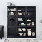 16_Černý třídílný prosklený kabinet a lavice s úložným prostorem od Oliver Furniture_foto Viabel_repro zdarma