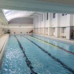 6_Krytý bazén z roku 1928 stále slouží veřejnosti_ dříve se v něm pořádala mistrovsktví republiky ve skocích z prkna_foto YMCA_repro zdarma