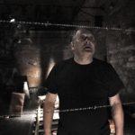 6_Miroslav Hruška v dramatu Šoa_foto Patrik Borecký_repro zdarma