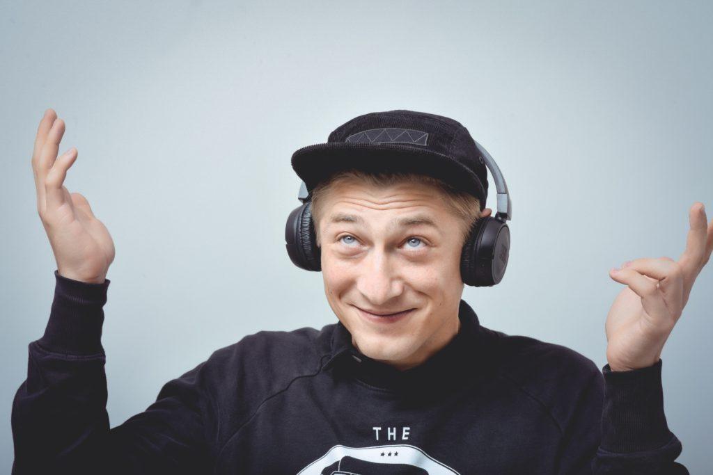 1_Jacob Erftemeijer představitel Eliase obdařeného fenomenálním sluchem_foto Alena Hrbková_repro zdarma