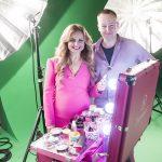 7_Manželé Věra a Vladimír Komárovi při natáčení reklamního spotu na nový make-up značky Dermacol_foto Dermacol_repro zdarma