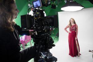 8_Natáčení reklamního spotu pro značku Dermacol s Kristínou Pelákovou v hlavní roli_foto Dermacol_repro zdarma
