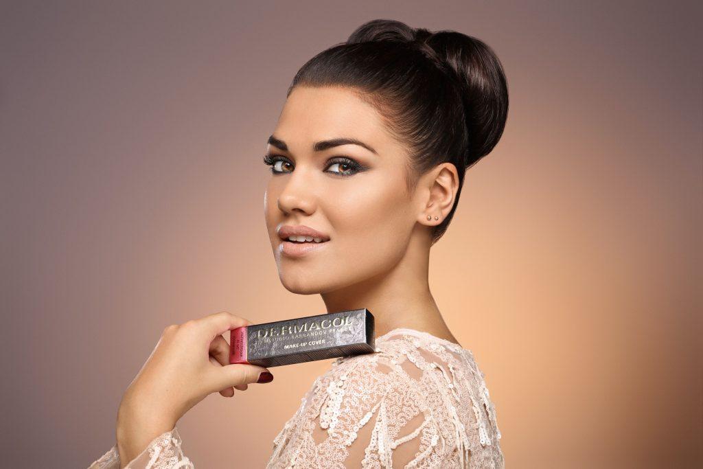 1_Jeden z nejslavnějších make-upů Dermacol Make-up Cover vznikl v bývalém Československu_A vyrábí se dodnes_foto Dermacol_repro zdarma