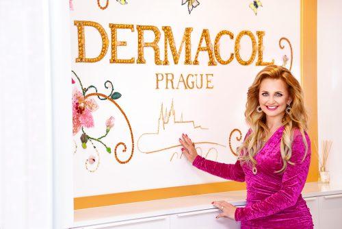 Dermacol má nové logo, kanceláře i novou varnu kosmetiky. Největší česká kosmetická značka investuje do prestiže a image
