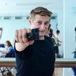 3_Jacob Erftemeijer jako Dominic na zkoušce hry Zabít Johnnyho Glendenninga_foto