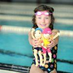 3_K hravému plavání ve škole Swim Smooth patří i figurky Plavla a Plavlíny_foto Luboš J Marek_repro zdarma