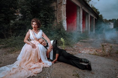 Slova místo kordů. Švandovo divadlo uvede českou premiéru nové adaptace Cyrana z Bergeracu